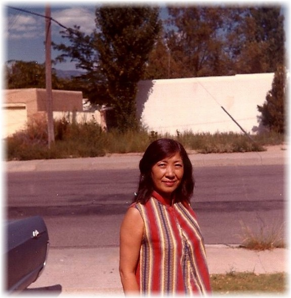 Mama_AlbuqFrontYard1971 (1)_original